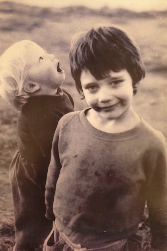 Ben Winspear (front) as a child, with brother Dallas.