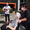 When his parents caught coronavirus, Ian Pidd picked up his ukulele