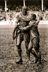 Norm Provan and Arthur Summons' embrace after the 1963 NSWRL grand final is arguably the most famous Australian sport photo of them all.