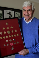"AFL great Graham ""Polly"" Farmer at home in 2010."