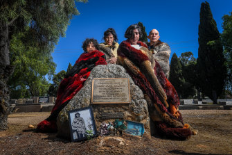 Waywurru elders Liz Thorpe and Thorn Smith with Thorn's children Shaniece and Jalina, pay respect to Mary Jane Milawa (circa 1828- 1888) at her grave in Wangaratta. Liz Thorpe is a plaintiff in a legal challenge to $33.7 million land rights agreement between the Taungurung and Victorian government.