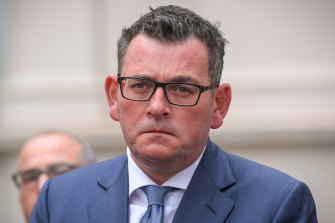 Premier Andrews to be transferred to Alfred Trauma Unit after 'nasty fall'