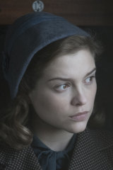 Sophie Cookson plays the young Joan Stanley in Red Joan.