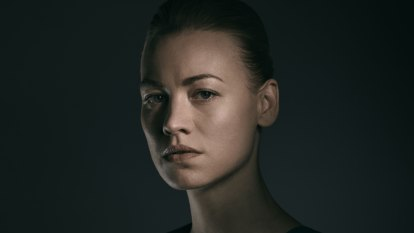The Handmaid's Tale's Yvonne Strahovski reveals her monstrous side