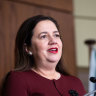 Queensland border to remain shut to Greater Melbourne for another week