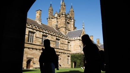 Medical, post grad international students the first to return to NSW