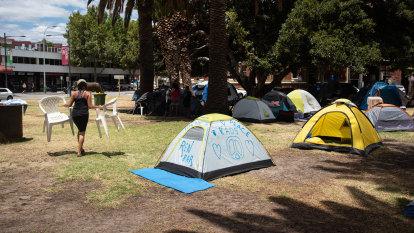 'The council needs to step up': McGowan demands Fremantle tent city 'end now'