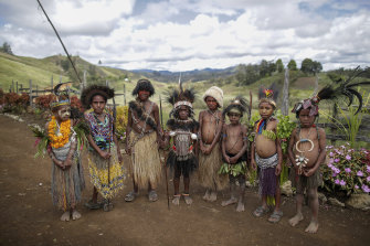 Eastern Highlands children in traditional attire in Kainantu, Papua New Guinea.