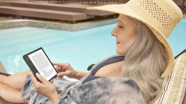 The latest Kobo is water resistant and can adapt its backlight for outdoor or bed time reading.