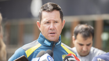 Ricky Ponting says Australia will be contenders for the World Cup in England this year.