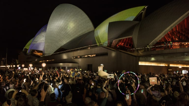 Protesters against promoting the Everest Horse Race onto the sails of the Sydney Opera House.