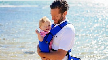 Giving fathers flexible access to parental leave can make a big difference, study finds.