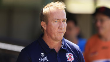 Roosters coach Trent Robinson has called on the NRL to have greater involvement in individual cases of concussion.