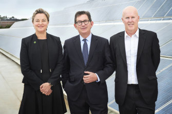 Ian Jacobs, UNSW's vice-chancellor (centre), with Energy Institute CEO Justine Jarvinen and Professor Matthew England, deputy director of the Climate Change Research Centre.