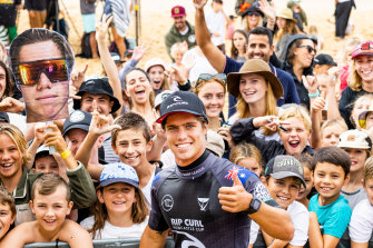 Morgan Cibilic greets his fans after beating two-time WSL Champion John John Florence at Newcastle this year.