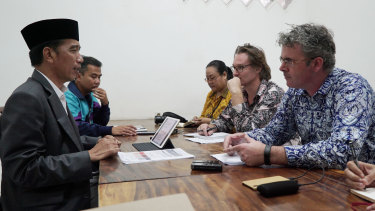 Fairfax reporters James Massola and Amilia Rosa interview President Jokowi with the <i>Australian Financial Review</i>'s Angus Grigg.