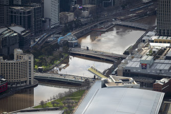 The City of Melbourne council will acquire land in Southbank to create a new park.