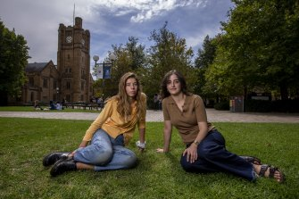 Students Hannah Moshinsky and Ruby Peer at Melbourne University have been underwhelmed by the return to studies in semester one.