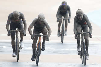 Sonny Colbrelli wins a three-man sprint from Florian Vermeersch and Mathieu van der Poel. Gianni Moscon (rear) had been poised for victory before a puncture and crash.