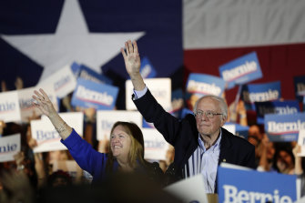 Democratic presidential candidate  Bernie Sanders celebrates his Nevada result with his wife Jane, at a campaign event in San Antonio.