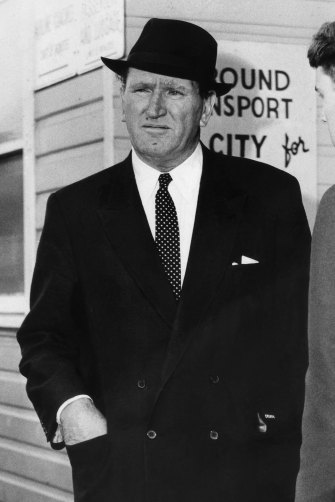 The Sydney Morning Herald faced intense competition from media mogul Frank Packer who would launch The Australian Women's Weekly and take control of The Daily Telegraph.