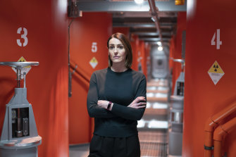 Detective Chief Inspector Amy Silva learns the hard way that surviving life on a submarine is no small feat.