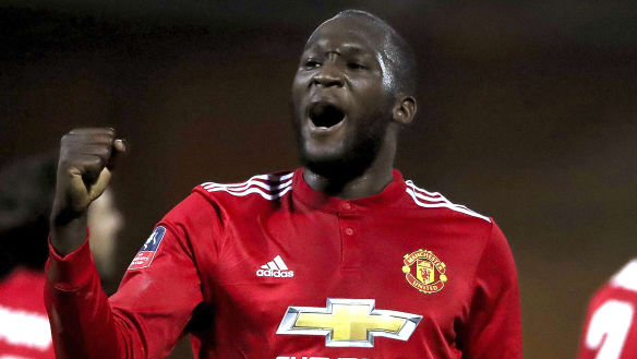 Manchester United ease into FA Cup quarter-finals
