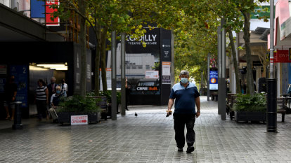 Perth city foot traffic plummets, but experts don't predict COVID will spell end of the CBD