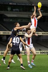 Ben Long soars for the Saints.