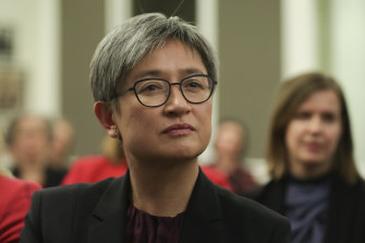 There are several surprises in Margaret Simons' biography of Penny Wong.