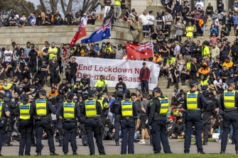 Police and protesters were engaged in a stand-off that lasted almost three hours on Wednesday.