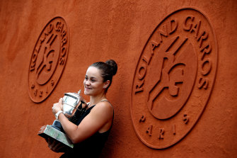 Reigning French Open champion Ashleigh Barty won't be making any 'rash decisions' on international travel.