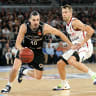 Goulding stirs up Melbourne/Sydney rivalry with Bogut