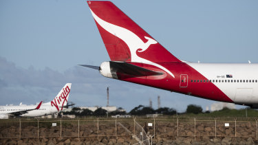 Qantas extends flight credits until the end of next year