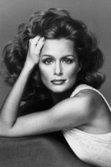 Lauren Hutton in 1974, shortly after signing her historic Revlon contract.
