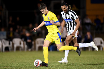 Matt Richardson of the Brisbane Strikers in action in the quarter-final match against Moreland Zebras.