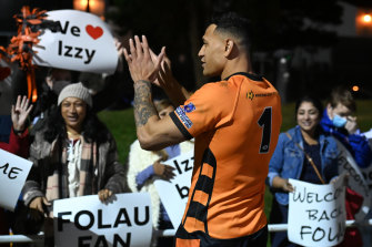 Israel Folau thanks fans after the match between the Southport Tigers and the Runaway Bay Seagulls on Saturday.
