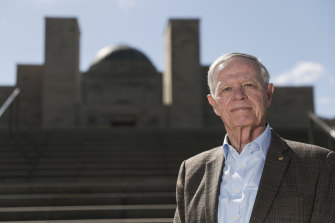 Former ADF chief Admiral Chris Barrie is among critics of a $500 million expansion of the Australian War Memorial.