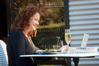 Gabbie Stroud dines at Wheelers restaurant on NSW's South Coast.