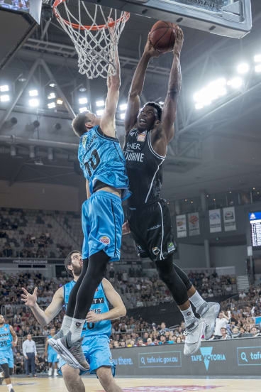 Melbourne United's Carrick Felix gets the fans on their feet on Friday night.