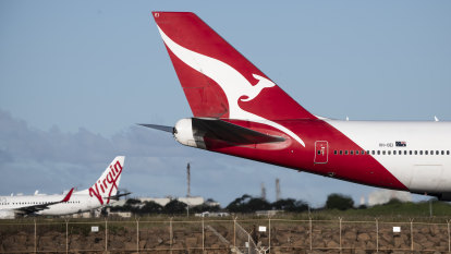 'Constant shock syndrome': How the crisis plays out in Qantas and Virgin's situation rooms