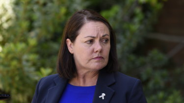 Opposition leader Liza Harvey has dismissed a poll suggesting she could lose her seat.
