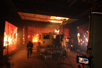 The Dreamscreen technology allowed the actors to feel the horror of being trapped in an inferno.