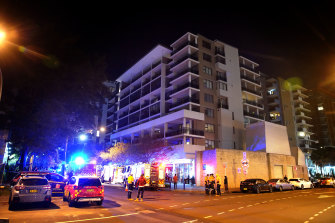 More than 90 units in a Mascot apartment building have been evacuated.