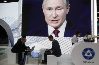 At the St Petersberg International Economic Forum, Putin said he couldn't care less if he was banned from social media.