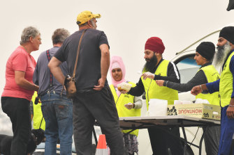 Victoria's Sikh community rallied to provide more than 130,000 meals to health workers and others during the pandemic.