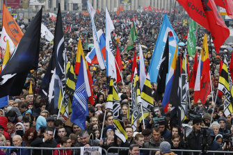 Protesters rally in support of political prisoners in Moscow on Sunday.