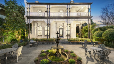 The mansion at 78 Williams Road, Prahran which housed the Jacques Reymond restaurant.
