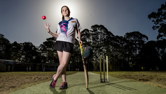 Partially blind cricketer's teammates had to tell her she got a wicket