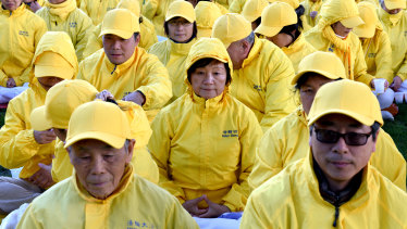 Falun Gong mass meditation in Australia in 2015.